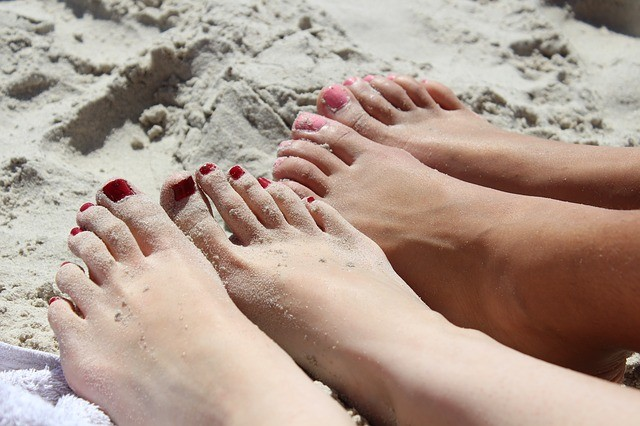 Sell pic of your feet